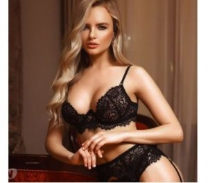 Tuline escort Leforest